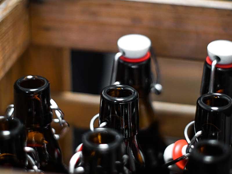 Braustätte-Flaschen-vor-Abfüllung